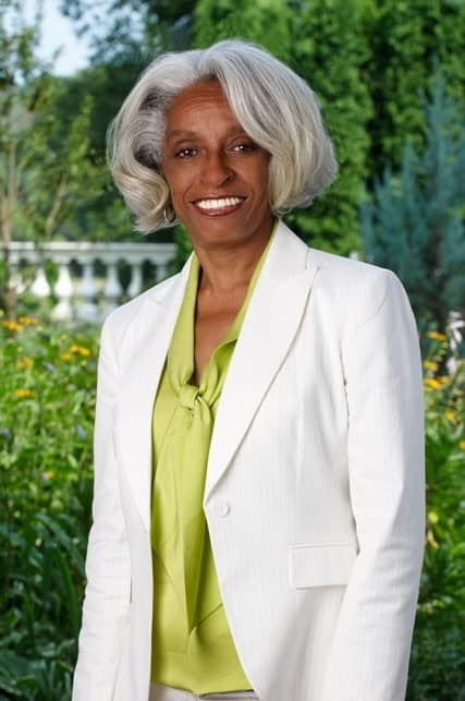 unsung sheroes] dr. barbara ross-lee is a star in her own right - ebony