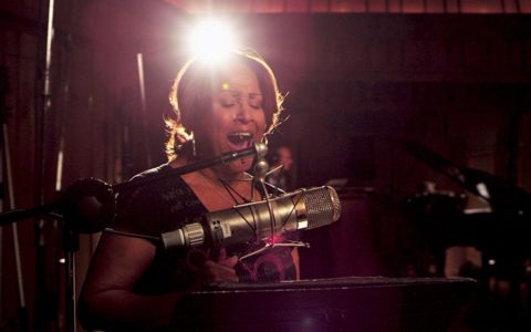 Harmonizing Surprises in '20 Feet From Stardom'
