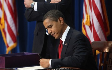 Obama Signs JOBS Act