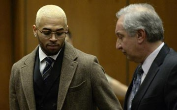 R&B singer Chris Brown due in D.C. Superior Court Wednesday for assault case