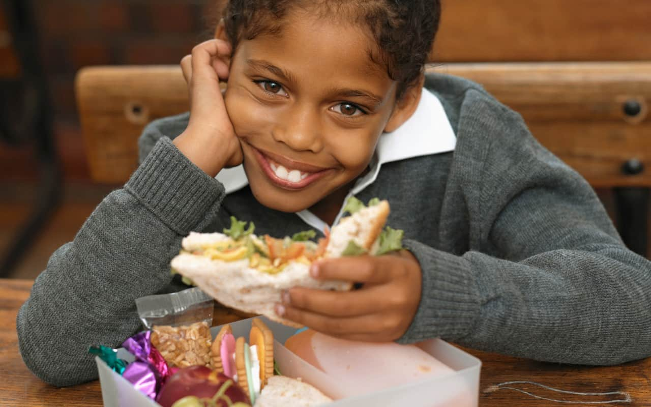 NYC Schools To Offer Free Lunch