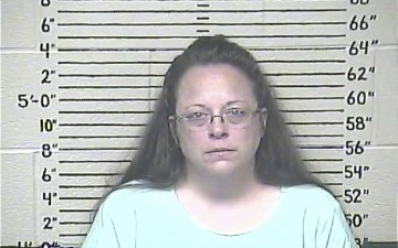 Vatican: Pope's Encounter with Kentucky Clerk Not A Sign of Support