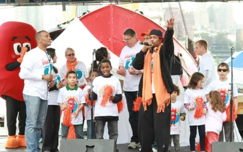 Nick Cannon Takes a Stroll for Kidney Disease