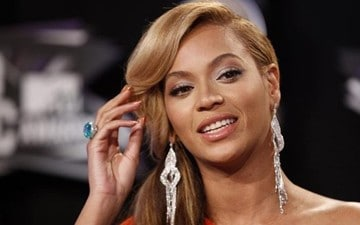 Simon Cowell Offers Beyonce $100 Million For 'X Factor'