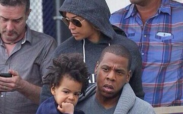 Free, Black and Blue Ivy