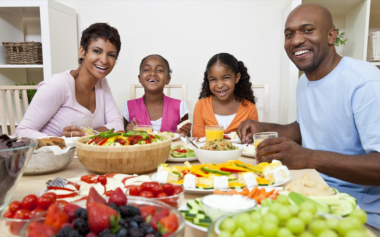 african american family clean healthy eating