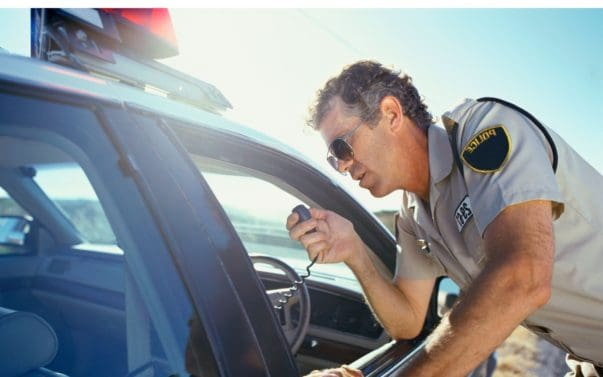 10 Do's and Don'ts for Getting Pulled Over by the Cops