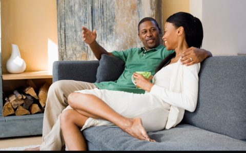 3 Reasons Why You Should Prioritize Talking in Your Relationship