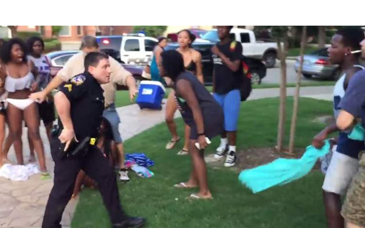 Hbcu In Texas >> Texas Cop Who Slammed Teen Cleared of All Charges • EBONY