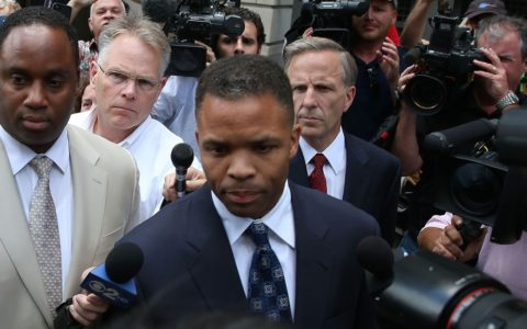 ALL FALLS DOWN: The Undoing of Jesse Jackson, Jr.