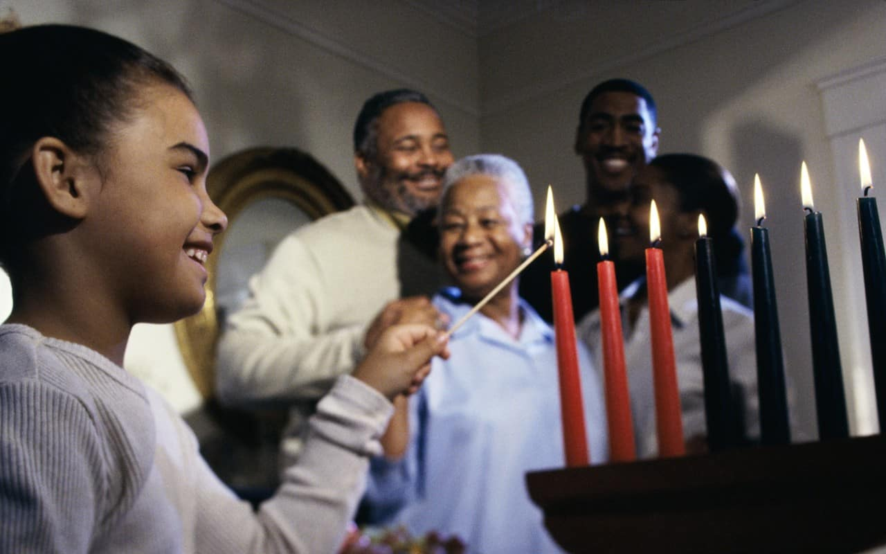 Christmas In Africa Traditions.Kwanzaa And Christmas The Importance Of Cultural Tradition