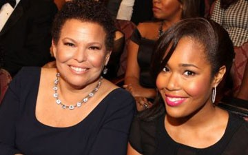 Debra Lee and her daughter