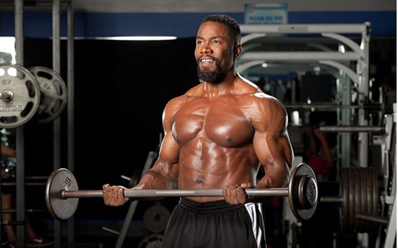 Getting Fit with Michael Jai White - EBONY