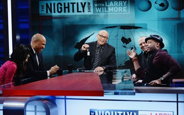 Larry Wilmore Makes Debut as Comedy Central Host