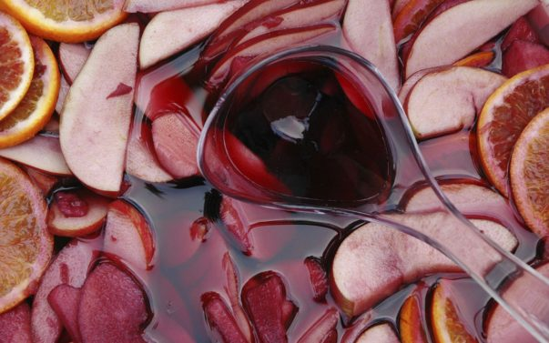 COCKTAIL RECIPES: Make Your Own White Peach and Berry Sangria