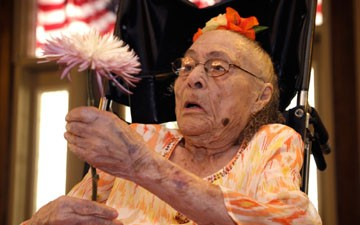 Meet the New Oldest American