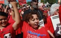 Chicago Students Head Back To Class, Teachers End Strike