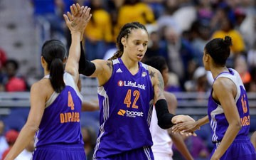 WNBA Star Brittney Griner Got Attacked in China by a Man With a Knife