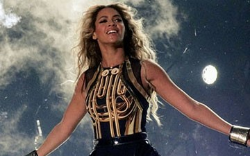 'Beyonce' Sales Grow to 550k-Plus, Set for No. 1