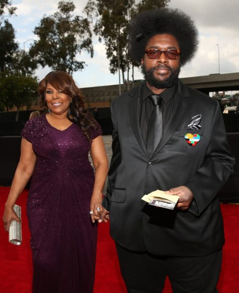 ?uestlovegives Black Thought the night off, arriving with his moms.