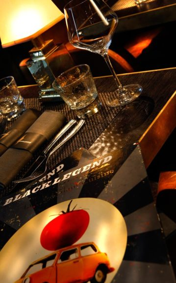 Black Legend Monaco - table and menu