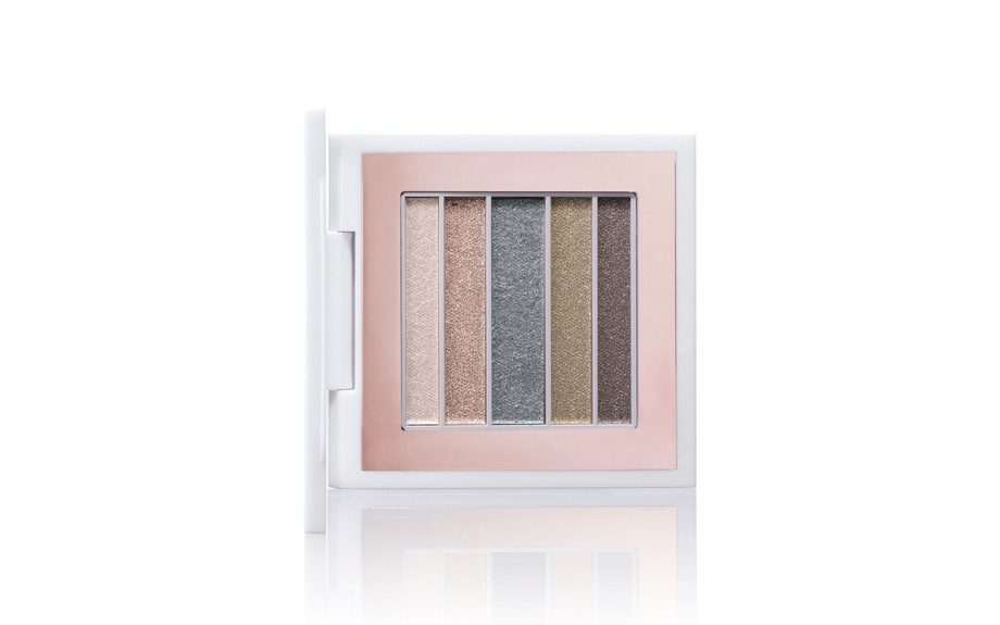 Veluxe Pearlfusion Shadow in 2X Dare ($44)