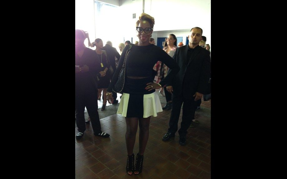 Mary J.Blige looks cute and preppy at the