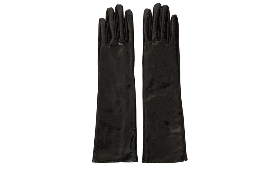 """<strong><a href=""""http://rstyle.me/n/eembanmdw"""" target=""""_blank"""">Top Shop Vinyl Gloves</a>$24.00</strong>"""