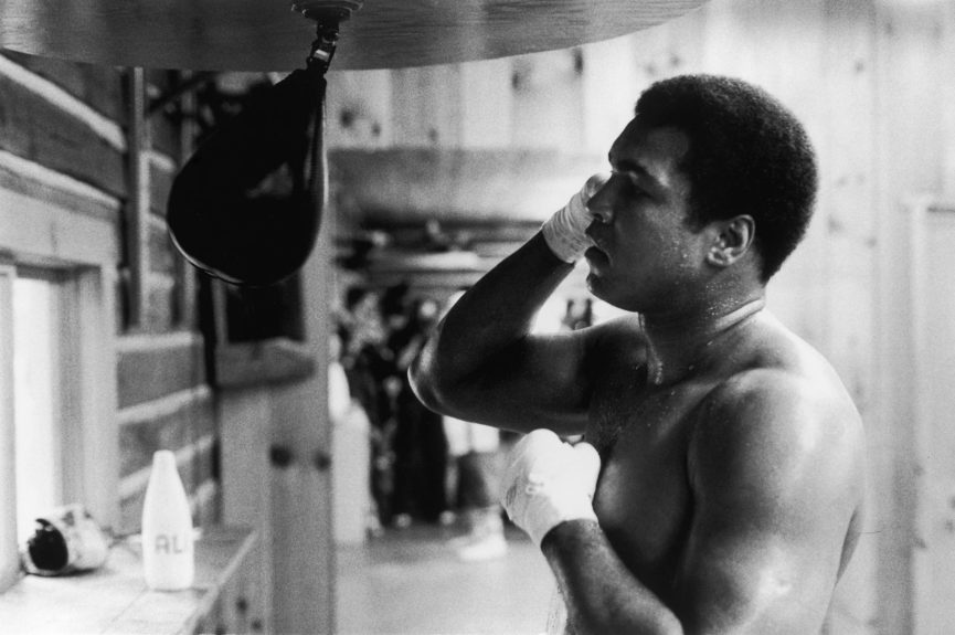 <p> Muhammad Ali demonstrates his masterful boxing abilities on the speed bag in 1978. (VandellCobb/Ebony Collection)</p>