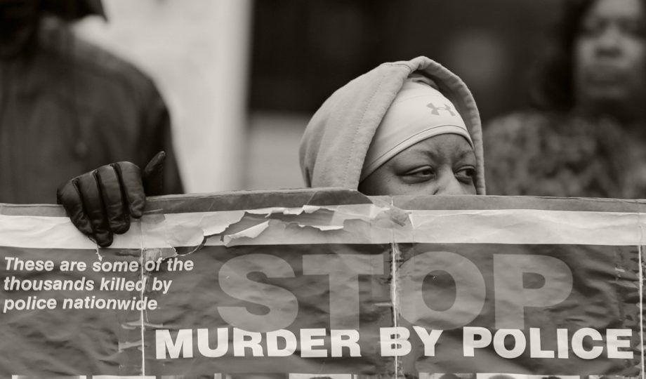 <p> 	CLEVELAND: Loria Edwards protests outside the Cuyahoga County Justice Center, Tuesday, Dec. 29, 2015, in Cleveland following the non-indictment of two police officers in the shooting death of Tamir Rice.. (AP Photo/Tony Dejak)</p>