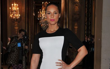 DULY NOTED: Alicia Keys in Stella McCartney's Optical Illusion Dress