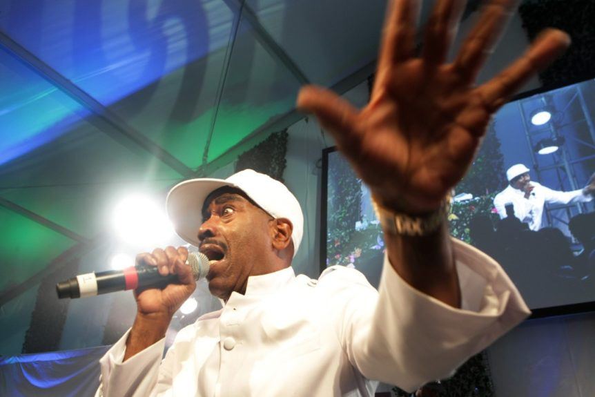 """Kurtis Blow rocks the crowd with """"The Breaks"""""""
