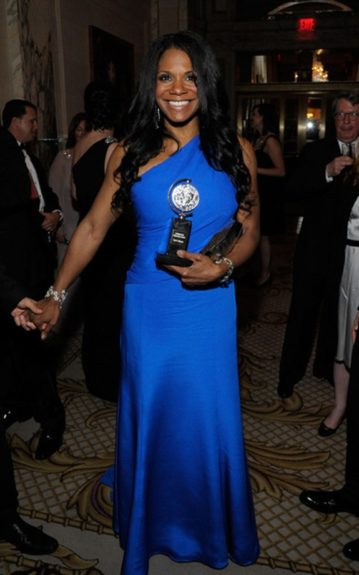 "The stunning actress won for her performance in Broadway's ""Porgy And Bess"""