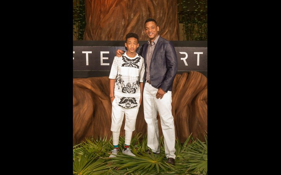 Jaden and Will Smith headed to dinner in Cancun with the Fresh Prince's stylish son in a 3.1 Phillip Lim Baroque Print Loose Fit Tee for the occasion. Photo Credit: Splash