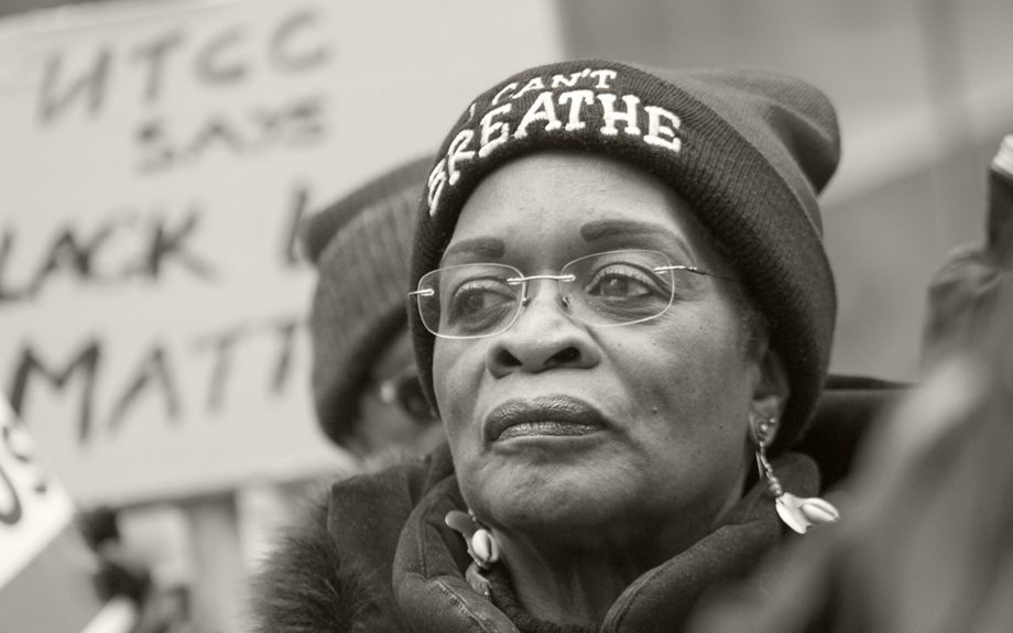 "<p> 	CHICAGO: Woman wears an ""I Can't Breathe"" hat to a Christmas Eve protest in Chicago on Dec. 24, 2015 to disrupt holiday shopping on the Magnificent Mile. (EBONY Digital Editorial/Chan C. Smith)</p>"