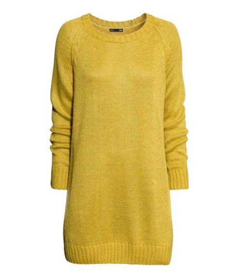 "<strong>For the Casual Woman: </strong><a href=""http://www.hm.com/us/product/12026?article=12026-B#article=12026-C"" target=""_blank"">Wool Blend Knit Dress</a> ($25, hm.com)"