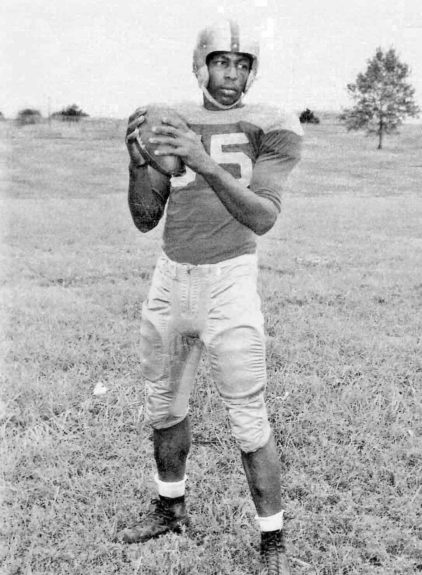 "<p> 	<strong>1955</strong></p> <p> 	Charlie ""Choo Choo"" Brackins became the first QB to be drafted from an HBCU. The Green Bay Packers eyed him while he was at Prairie View.</p>"