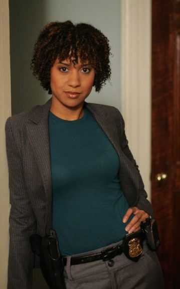 Triple threat actress Tracie Thoms starred in the police drama series Cold Case (2008-2011) playing the role of Detective Kat Miller.