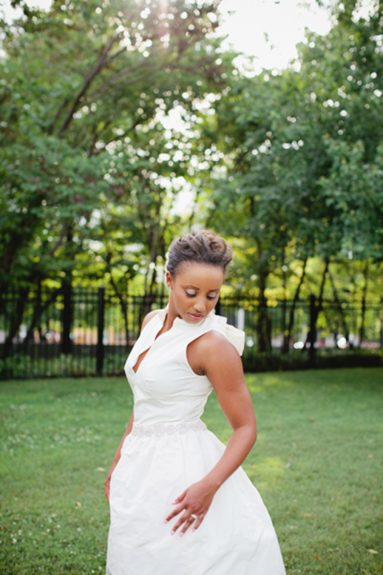 The bride D'Ann Redd in a simple yet stunning gown