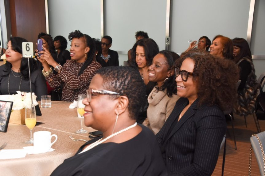 <p> 	Brunch guests enjoy #blackgirlmagic solidarity </p>