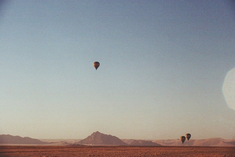 Hot air ballooning over the Namib Desert (Photo Credit: Lee Litumbe)
