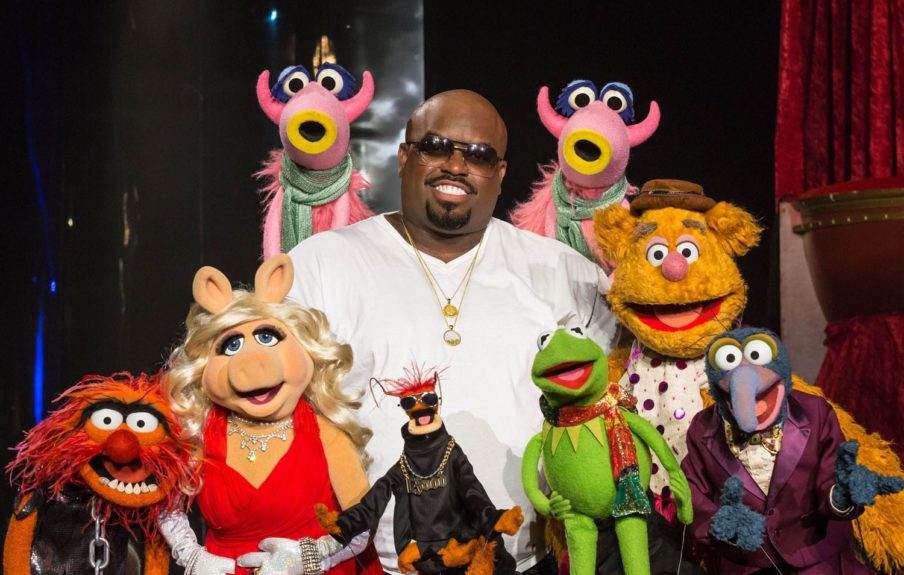 "Cee Lo Green and The Muppets become fast friends at the ""Cee Lo & Friends"" holiday special taping."