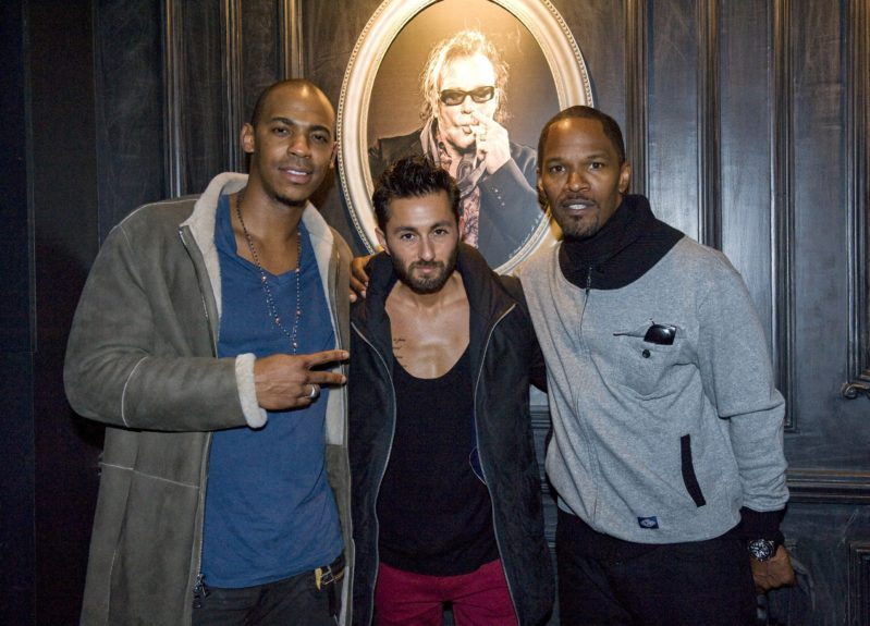 'Django Unchained' star Jamie Foxx dines at la Parizienne with Mehcad Brooks and friends in Paris, France.