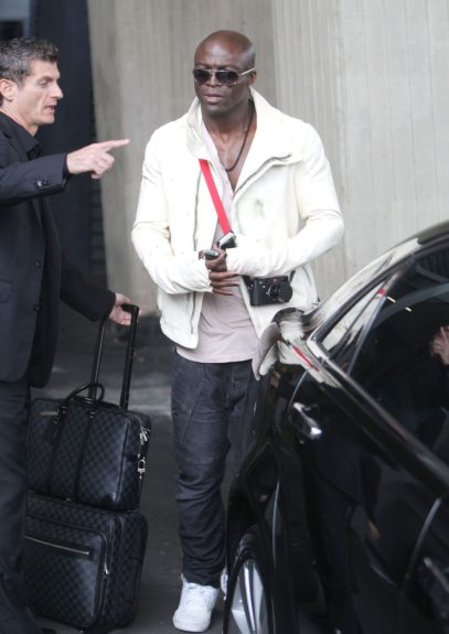 Seal is photographed arriving into Sydney Airport today in Australia.