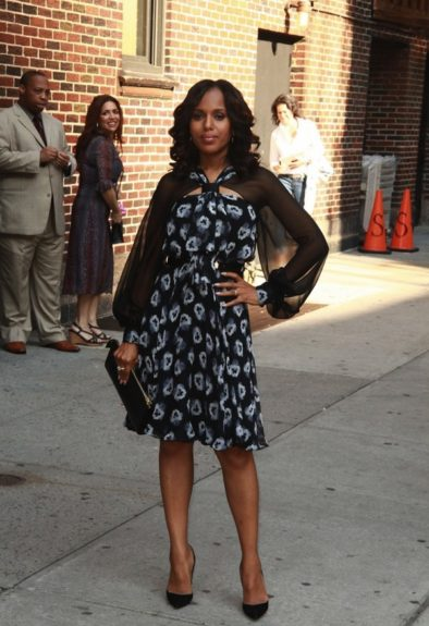 Kerry gets ready to kick off Season 3 of <em>Scandal</em> as she does press in New York in this Prabal Gurung Resort 2014 floral frock, soft makeup, and loose curls.