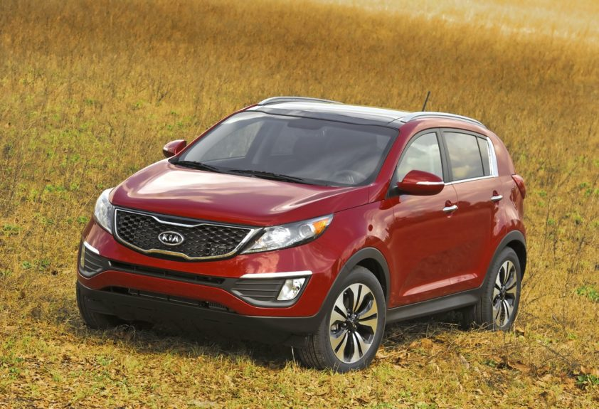 Kia Sportage: equipped with a 4-cylinder engine will cost around $1,151 annually.