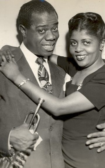 Louis Armstrong married four times, to Lucille Wilson, Lil Hardin Armstrong, Alpha Smith and Daisy Parker.