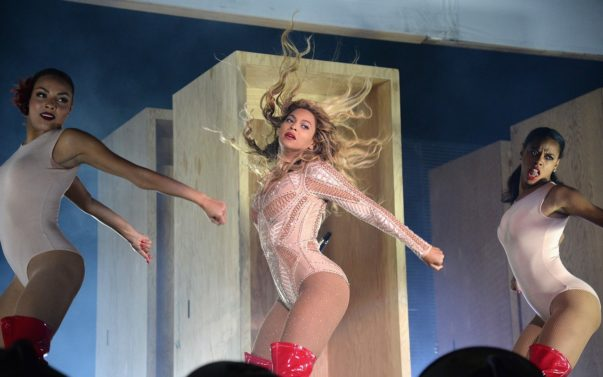 Beyonce Dominates Day 1 of Made in America 2015