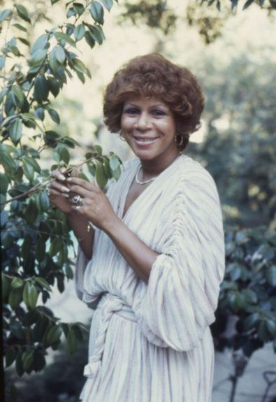 Minnie Riperton posed beautifully for a photo shoot.(Isaac Sutton/) View the entire EBONY Collection by selecting Store in the upper right corner of the homepage.