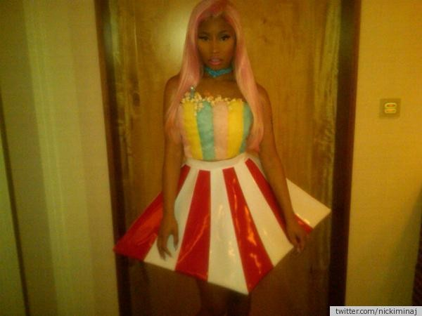 In Japan, Nicki pulled out this interesting dress that has been informally called 'The Pop Corn'